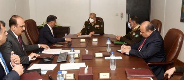 راولپنڈی: آرمی چیف جنرل قمر جاوید باجوہ نے آئی ایس آئی ہیڈ کوارٹر کا دورہ کیا ہے۔