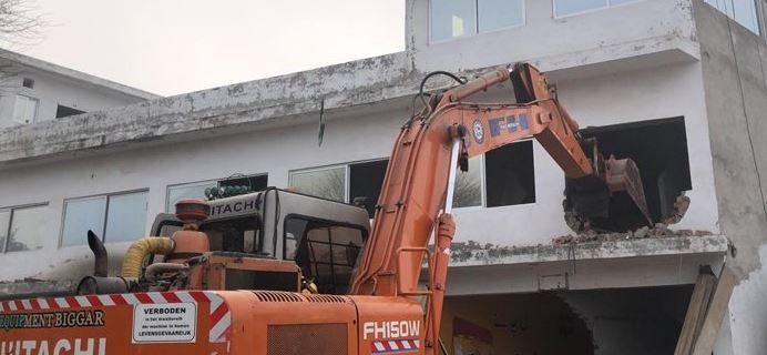 لاہور کی ضلعی انتظامیہ نے کھوکھر پیلس کے ارد گرد آپریشن مکمل کرکے 38کنال زمین واگزار کرا لی۔